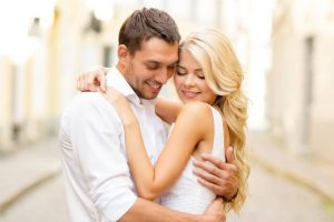 Few steps to make wedding anniversary memorable for cheap